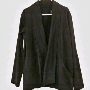 White Sierra Shawl Collar Black Cardigan L